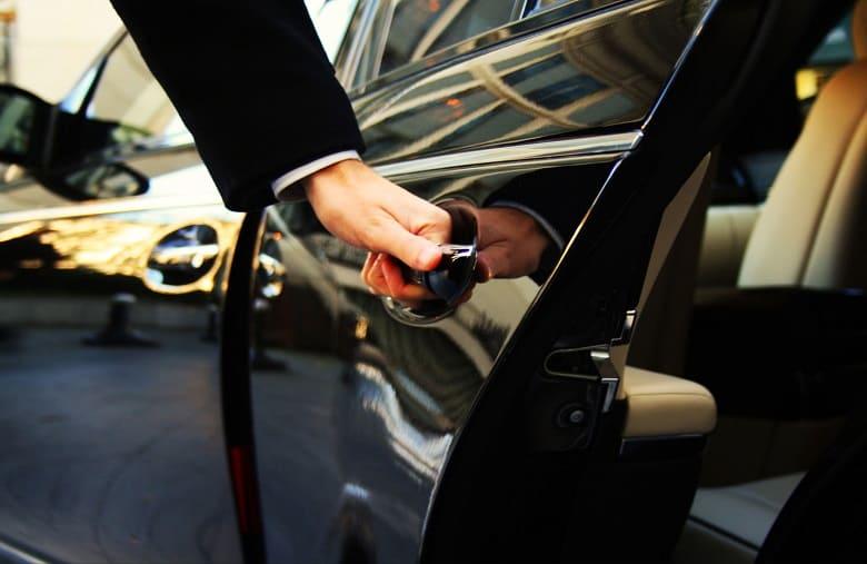 Преимущества аренды авто без водителя
